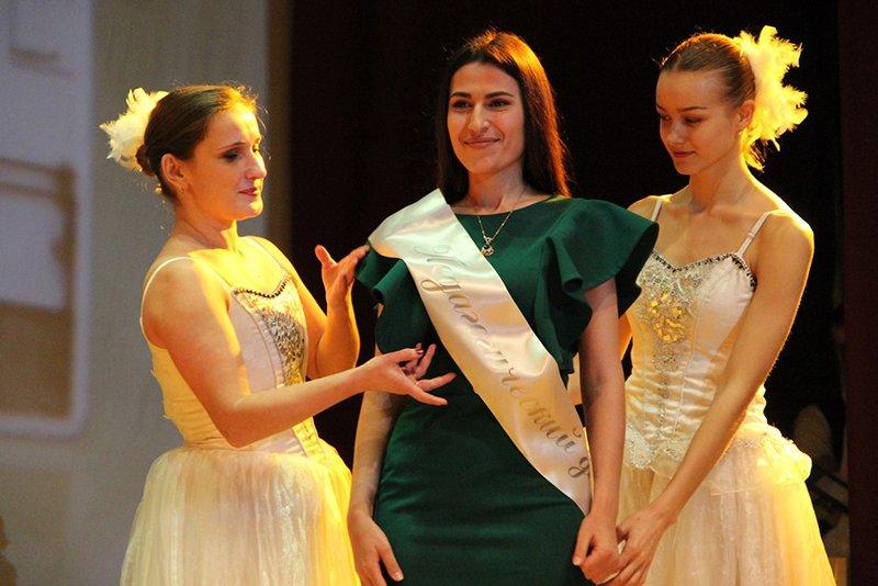 В Белгороде выбрали учителя года, фото-1