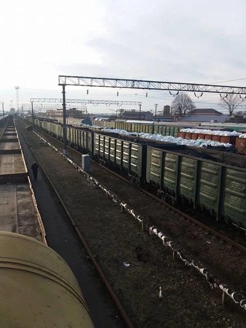 Донбаська торгова блокада докотилася до Конотопа (ФОТО та ВІДЕО), фото-1