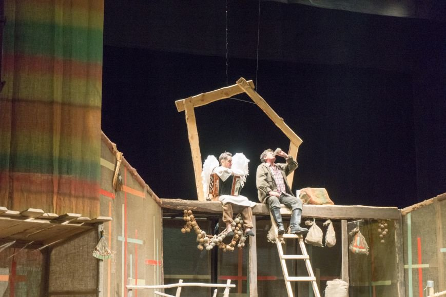 В Каменской театр вернулась «Очень простая история», фото-15