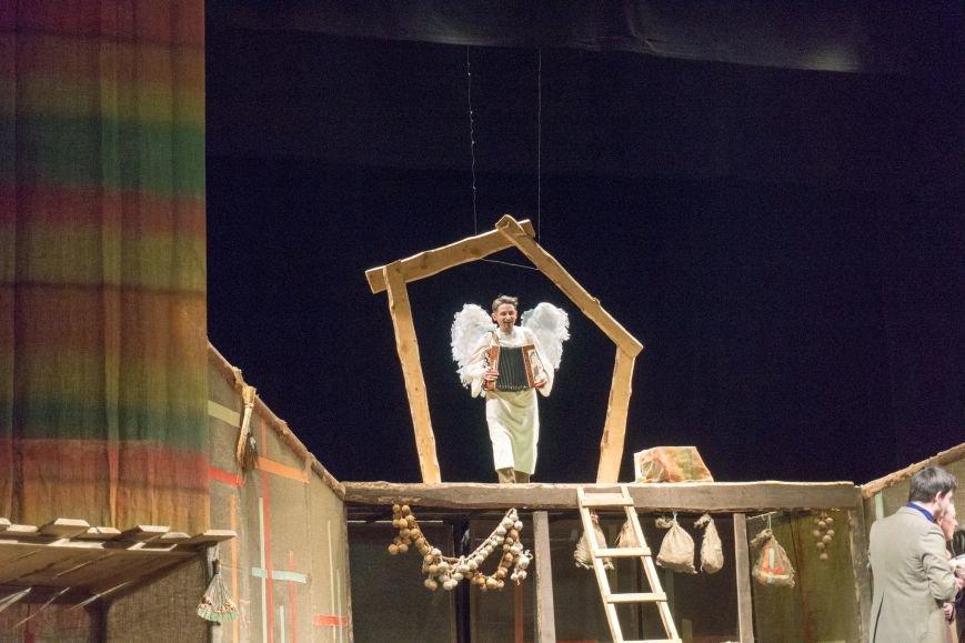 В Каменской театр вернулась «Очень простая история», фото-14
