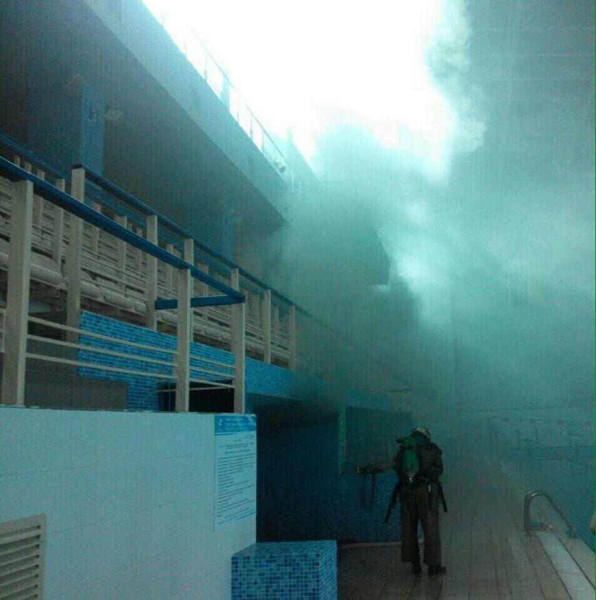 """СЕЙЧАС: В Днепре горит """"Метеор"""": ОБНОВЛЕНО (ФОТО), фото-3"""
