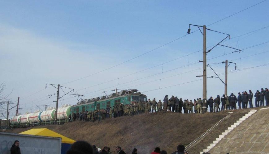 Фотофакт: В Конотопі триває залізнична блокада з Росією, фото-1