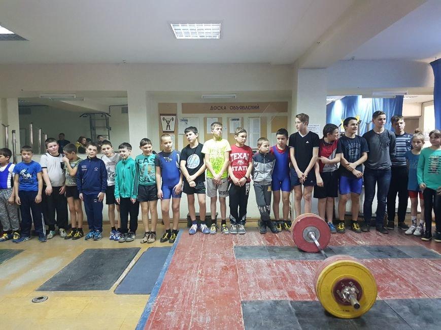 В Черноморске прошел чемпионат города по тяжелой атлетике (фото), фото-1