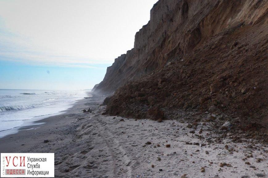Оползни под Одессой: в Санжейке сползающие склоны съедают пляж (фото), фото-3