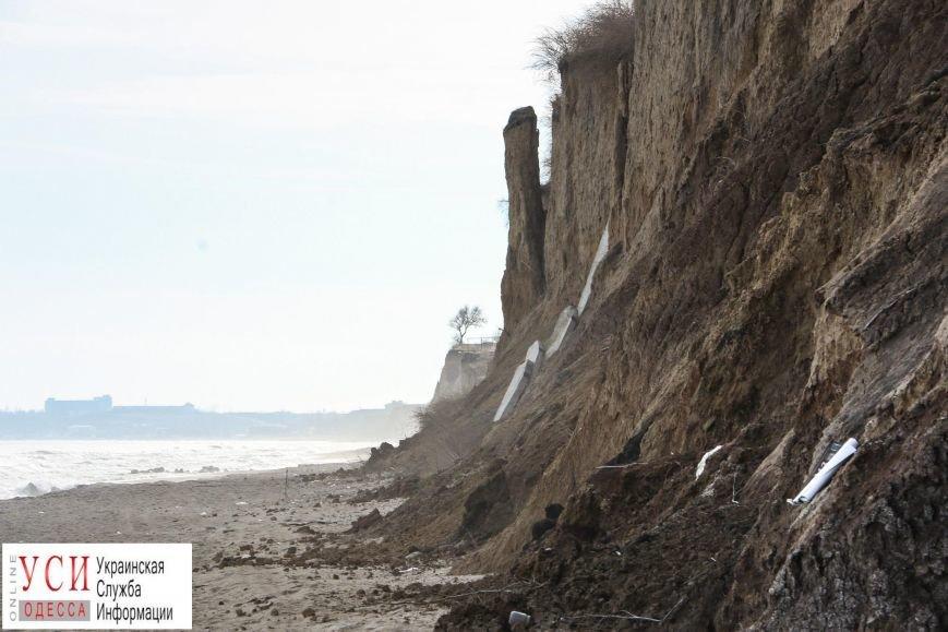 Оползни под Одессой: в Санжейке сползающие склоны съедают пляж (фото), фото-4