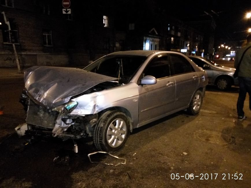 Страшное ДТП в Днепре: водитель иномарки получила серьезные травмы (ФОТО), фото-5