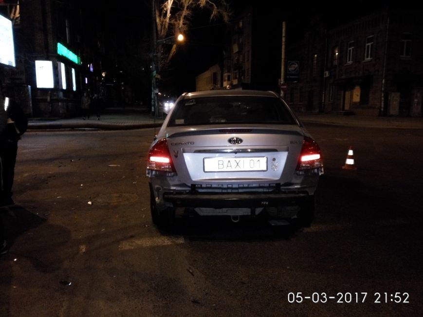 Страшное ДТП в Днепре: водитель иномарки получила серьезные травмы (ФОТО), фото-4