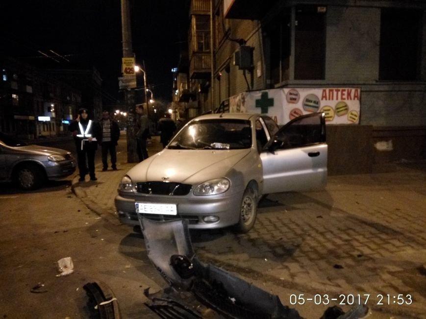 Страшное ДТП в Днепре: водитель иномарки получила серьезные травмы (ФОТО), фото-2