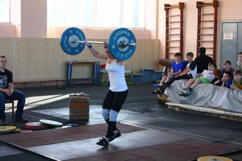 Никаких «треников», семечек и дерзких взглядов, или В чем сила тяжелоатлетки из Новополоцка?, фото-4