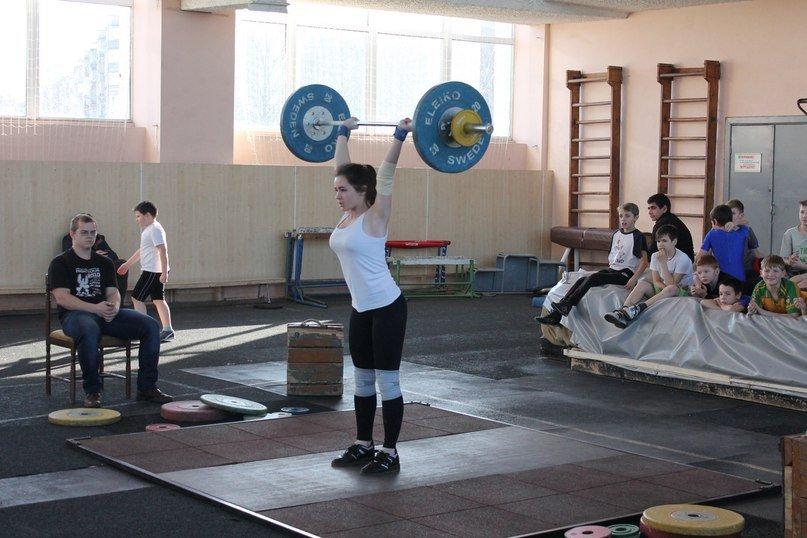 Никаких «треников», семечек и дерзких взглядов, или В чем сила тяжелоатлетки из Новополоцка?, фото-3