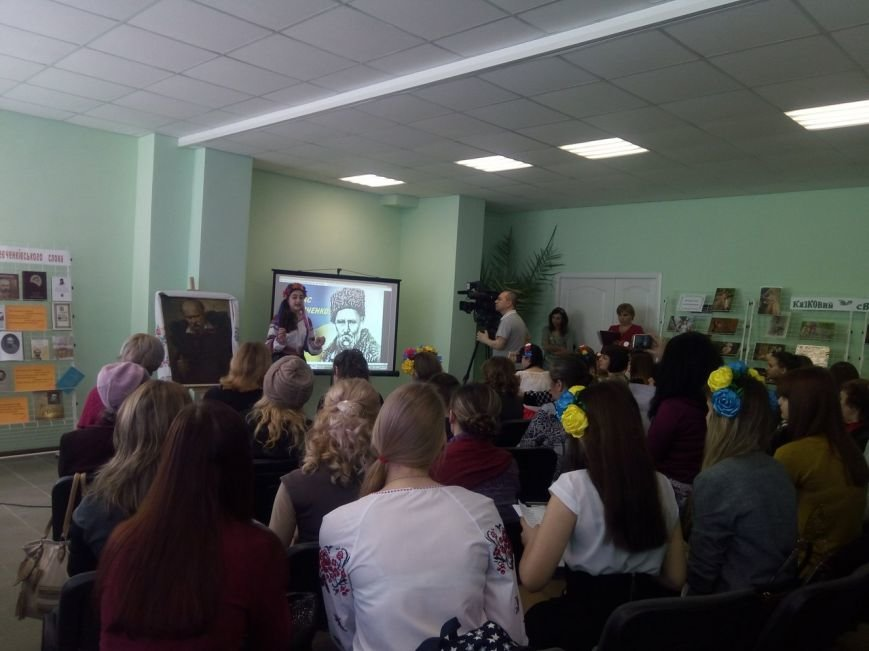 Впервые в стенах Покровской библиотеки прошел конкурс чтецов памяти Шевченко, фото-11