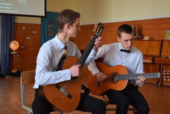 В гимназии Черноморска представили креативный «Морской проект» (фото), фото-10