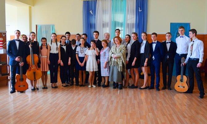 В гимназии Черноморска представили креативный «Морской проект» (фото), фото-3