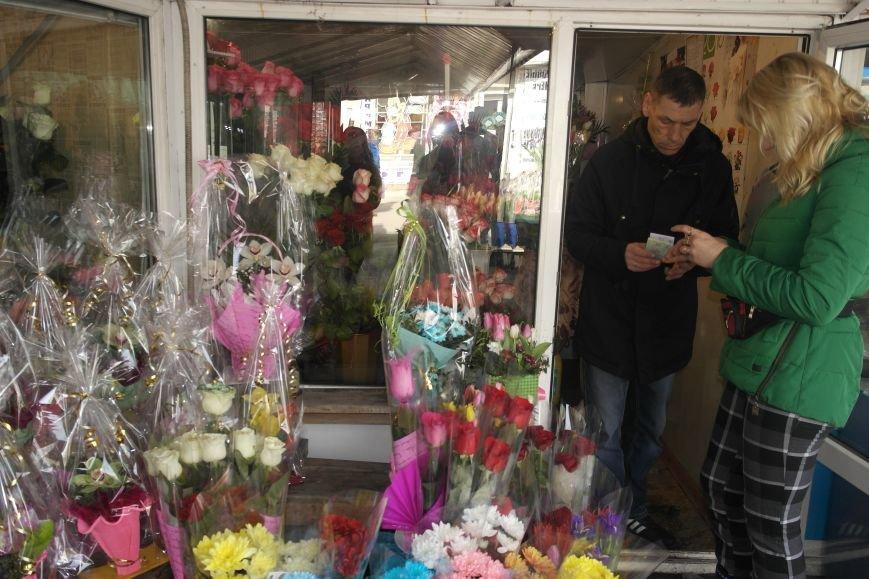 Розы, тюльпаны, орхидеи и мимоза: во сколько мужчинам Покровска обойдется букет на 8 марта?, фото-18
