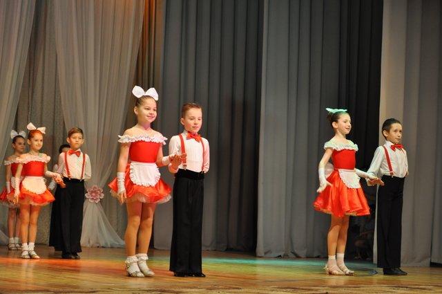 Краматорск начинает праздновать 8 марта, фото-3