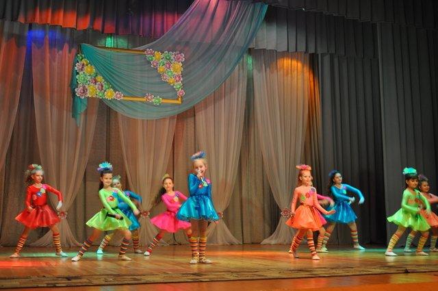 Краматорск начинает праздновать 8 марта, фото-4