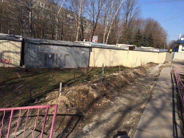 В Днепре на ж/м Тополь снова строят МАФы (ФОТО), фото-2