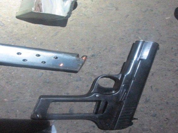 У Мукачеві КОРД затримав бандитів зі зброєю, які планували напад на інкасаторів: фото, фото-4
