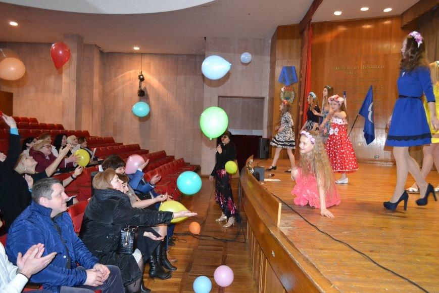 Санаторий «Дюльбер» поздравил прекрасных дам с 8 марта, фото-4