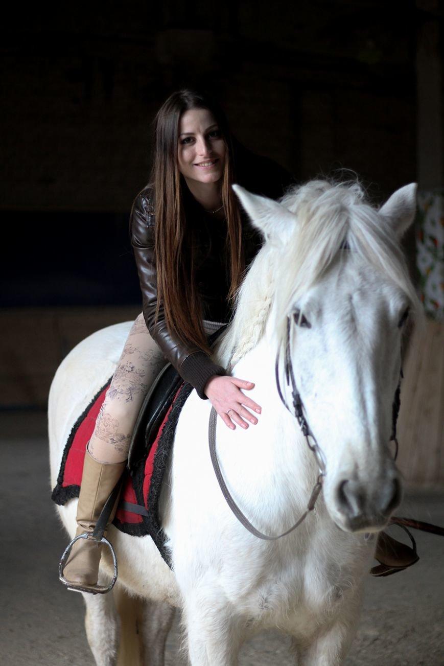 «Мы в полном восторге!»: победители конкурса «Селфи влюбленных» поделились впечатлениями от занятия в конном клубе. ФОТО, фото-5