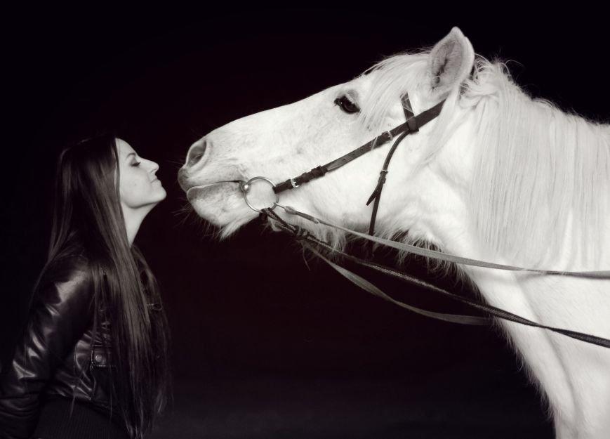 «Мы в полном восторге!»: победители конкурса «Селфи влюбленных» поделились впечатлениями от занятия в конном клубе. ФОТО, фото-6