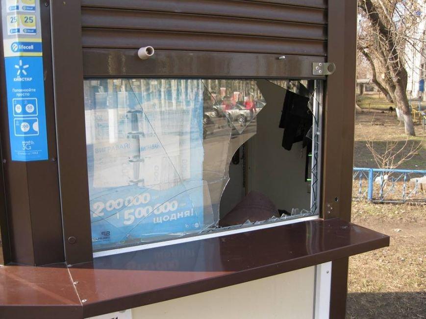 У Кременчуці таксист завадив чоловікові обікрасти лотерейний кіоск, фото-2