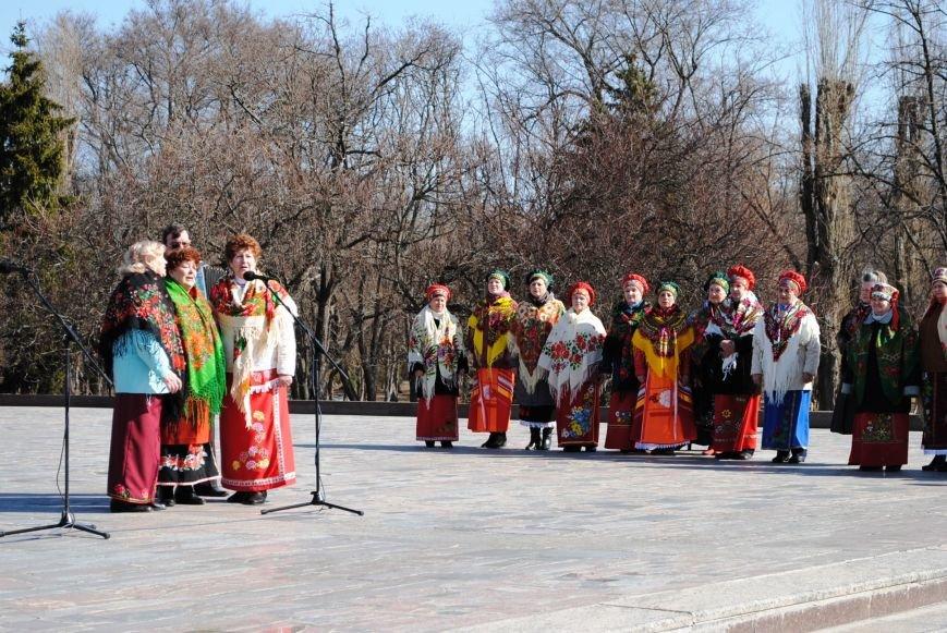 День рождения Кобзаря кременчужане отметили стихами и песнями (ФОТО), фото-9