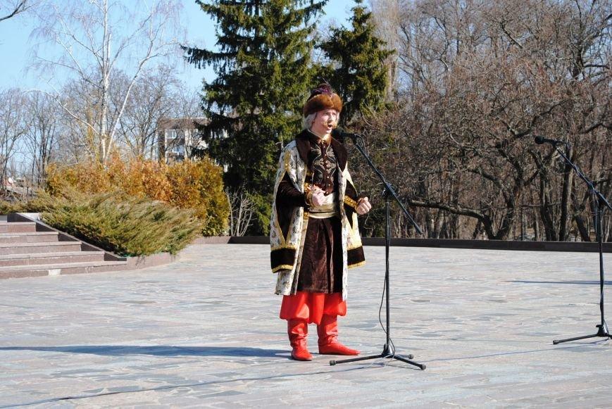 День рождения Кобзаря кременчужане отметили стихами и песнями (ФОТО), фото-5
