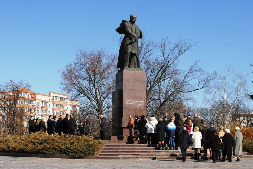 День рождения Кобзаря кременчужане отметили стихами и песнями (ФОТО), фото-14