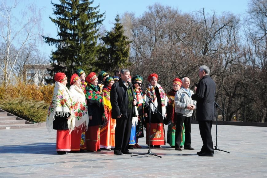 День рождения Кобзаря кременчужане отметили стихами и песнями (ФОТО), фото-8
