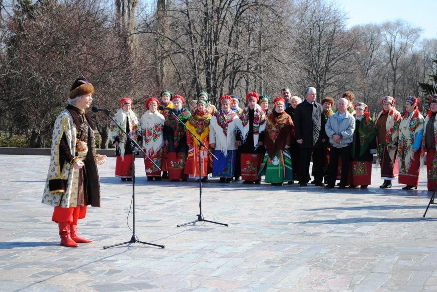 День рождения Кобзаря кременчужане отметили стихами и песнями (ФОТО), фото-7