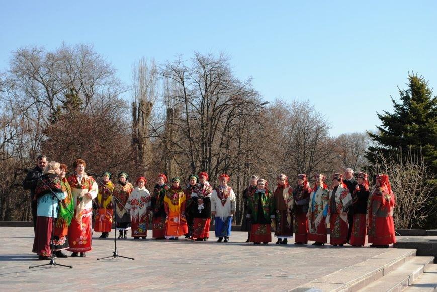 День рождения Кобзаря кременчужане отметили стихами и песнями (ФОТО), фото-10