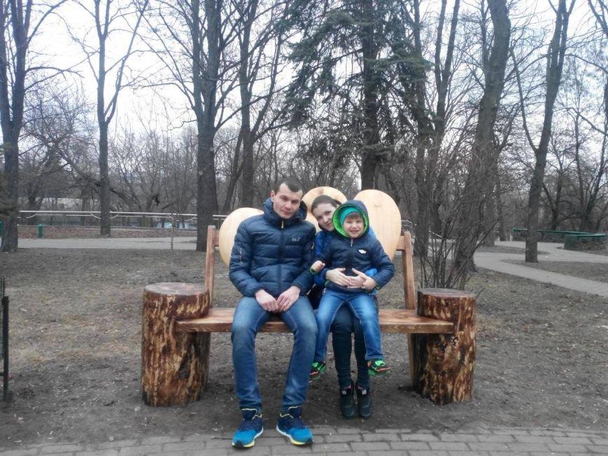 В Киеве появилась лавочка для влюбленных (ФОТО), фото-4