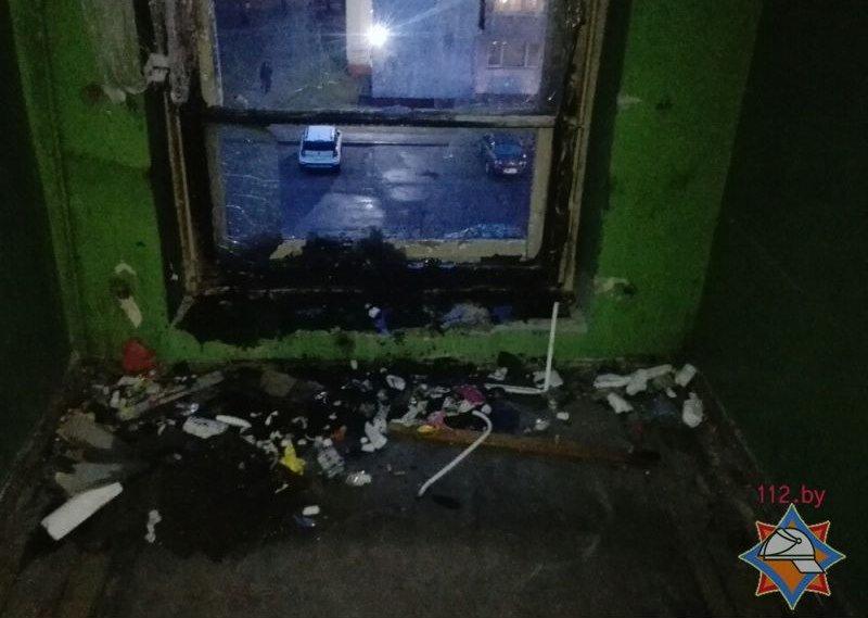В МЧС рассказали, как чувствует себя девочка, пострадавшая на пожаре в общежитии треста №16. ФОТО, фото-1