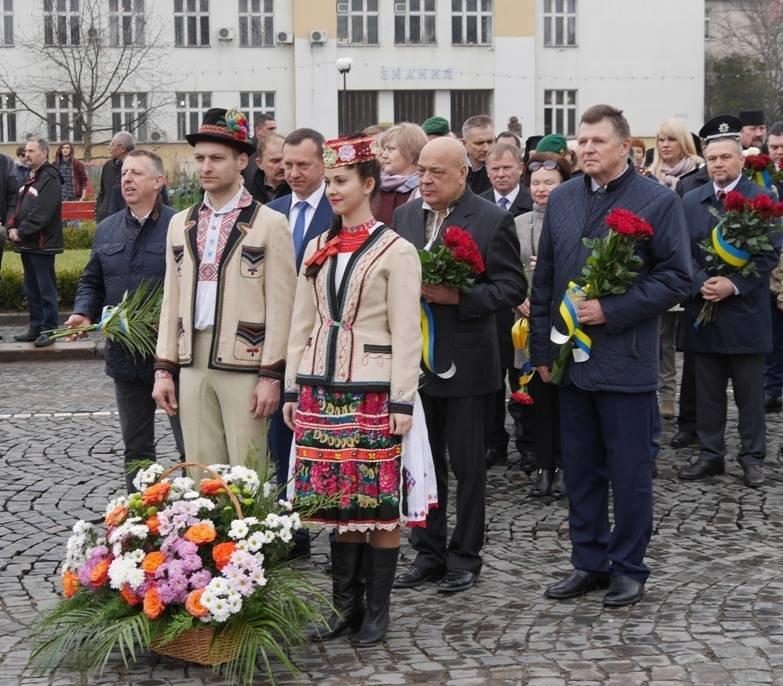 В Ужгороді відзначили 203-ю річницю з дня народження Кобзаря: фото, фото-4