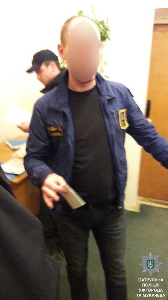 Мукачівські патрульні влаштували гонитву за нетверезим водієм: фото, фото-3