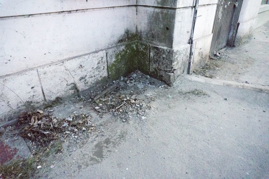 В Каменском из-за обвала фасада погибла девочка, фото-7