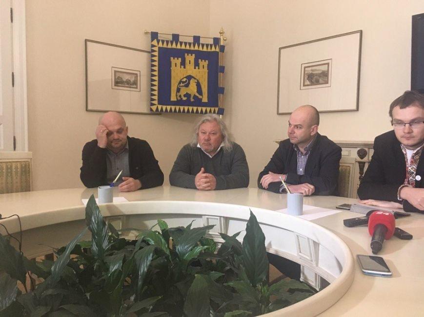 У Львові повідомили про запуск фонду на підтримку авіаперевізників: фото та відео з місця події, фото-1