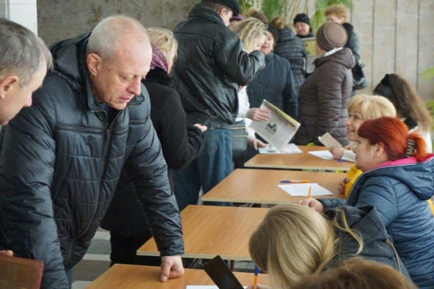 В Каменском решили продолжить неудачно начавшийся отзыв депутата Сергея Коваленко, фото-4