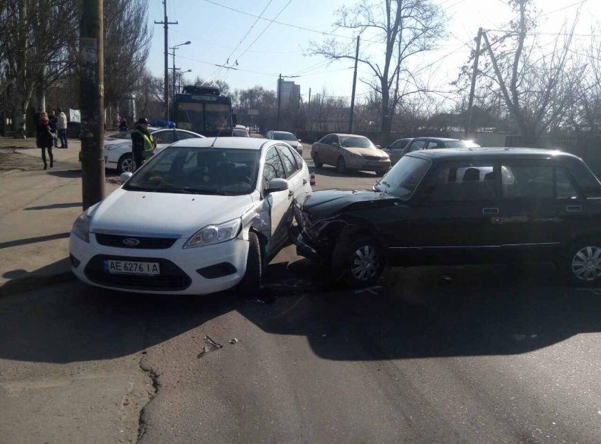 Массовое ДТП: в Днепре ВАЗ снес на своем пути два автомобиля, фото-3