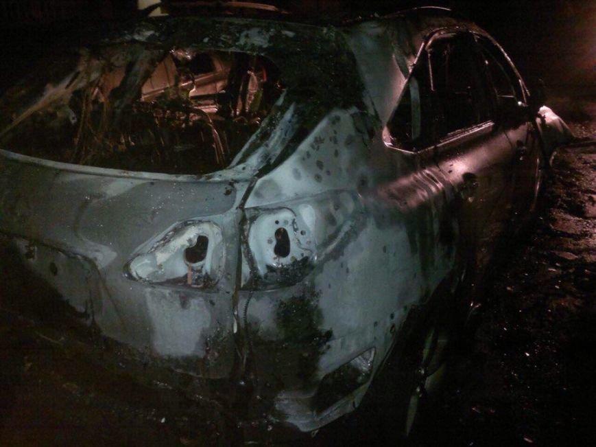 """В Днепропетровской области внештатному журналисту сожгли """"Lexus"""" (ФОТО, ВИДЕО), фото-2"""