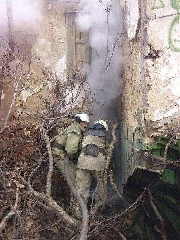 В Днепре горело заброшенное здание (ФОТО), фото-1