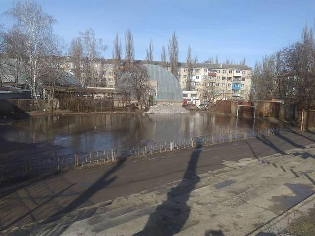 Миколаенко и Гордеева зовут на херсонский стадион для селфи (фото), фото-2