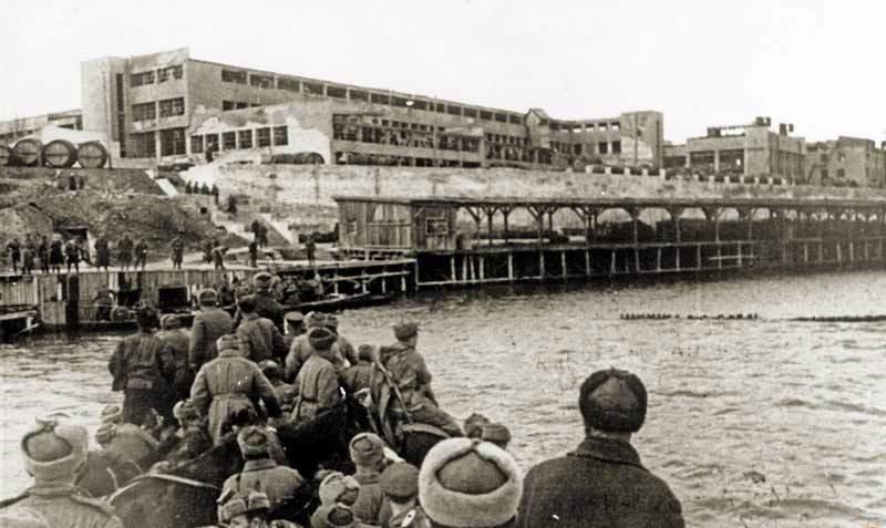 13 марта - день освобождения Херсона от немецко-фашистских оккупантов, фото-1