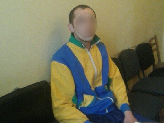 """На Закарпатті 28-річний злодій """"заїхав"""" жінці-касиру і виніс з магазину 7 тисяч гривень: фото, фото-1"""