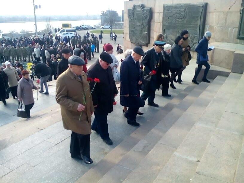 В Херсоне проходит церемония в честь 73-й годовщины освобождения нашего города от немецко-фашистских захватчиков (фото), фото-4