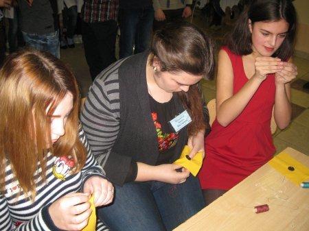 У Новоград-Волинському медичному коледжі відбулася конкурсно-розважальна програма «Турнір юних Василіс», фото-3