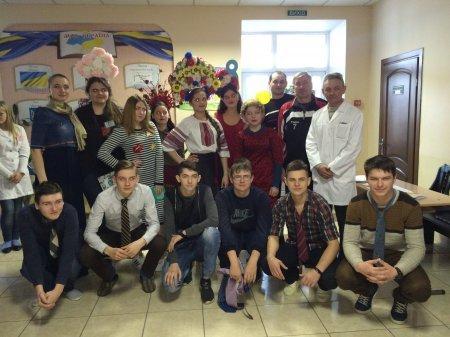 У Новоград-Волинському медичному коледжі відбулася конкурсно-розважальна програма «Турнір юних Василіс», фото-1