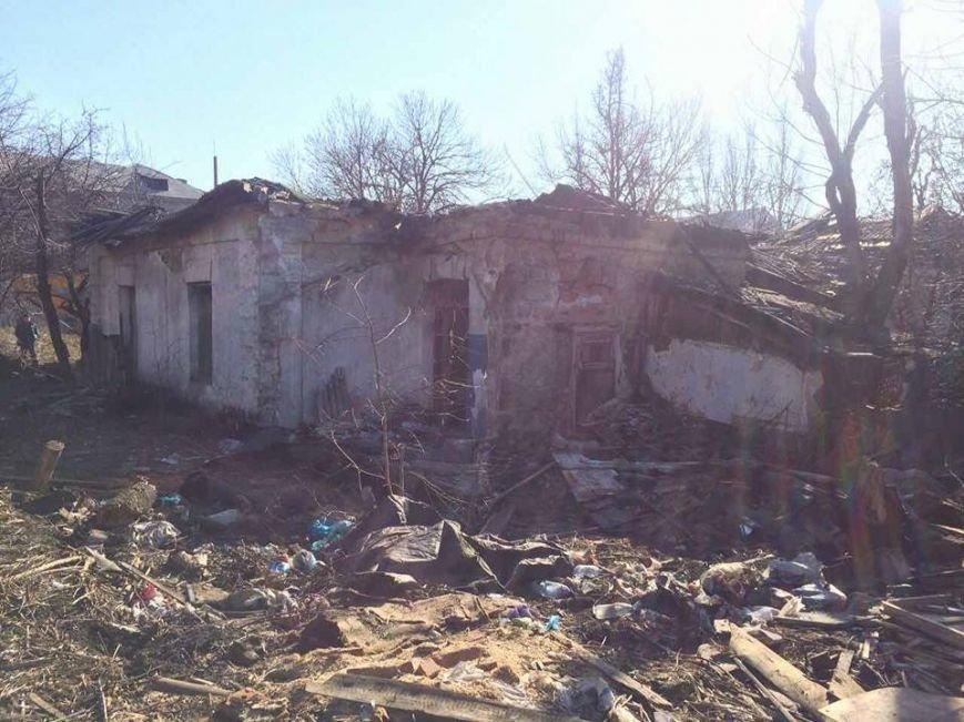 В Мирнограде приступили к сносу ветхих бараков, фото-3