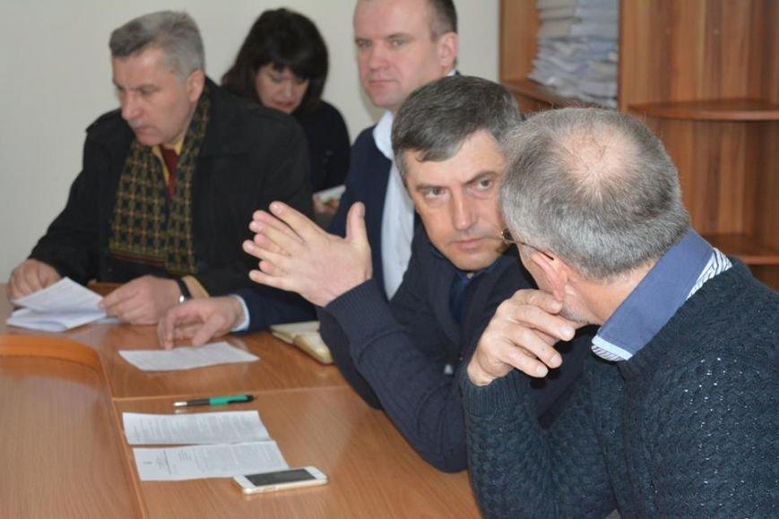 У Новограді-Волинському відбулося засідання президії районної ради, фото-1